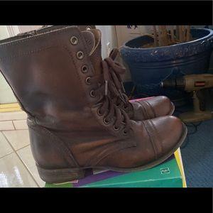 Steve Madden combat boots 6.5